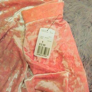 《 • ° ○ fuzzy light pink mini skirt  •  °  》